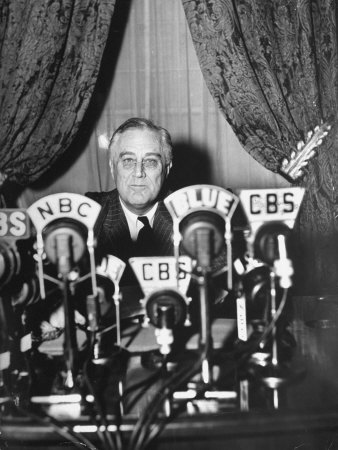 FDR speaking to America